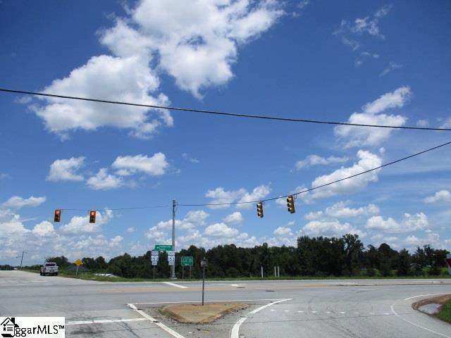 2810 Highway Piedmont, SC 29673