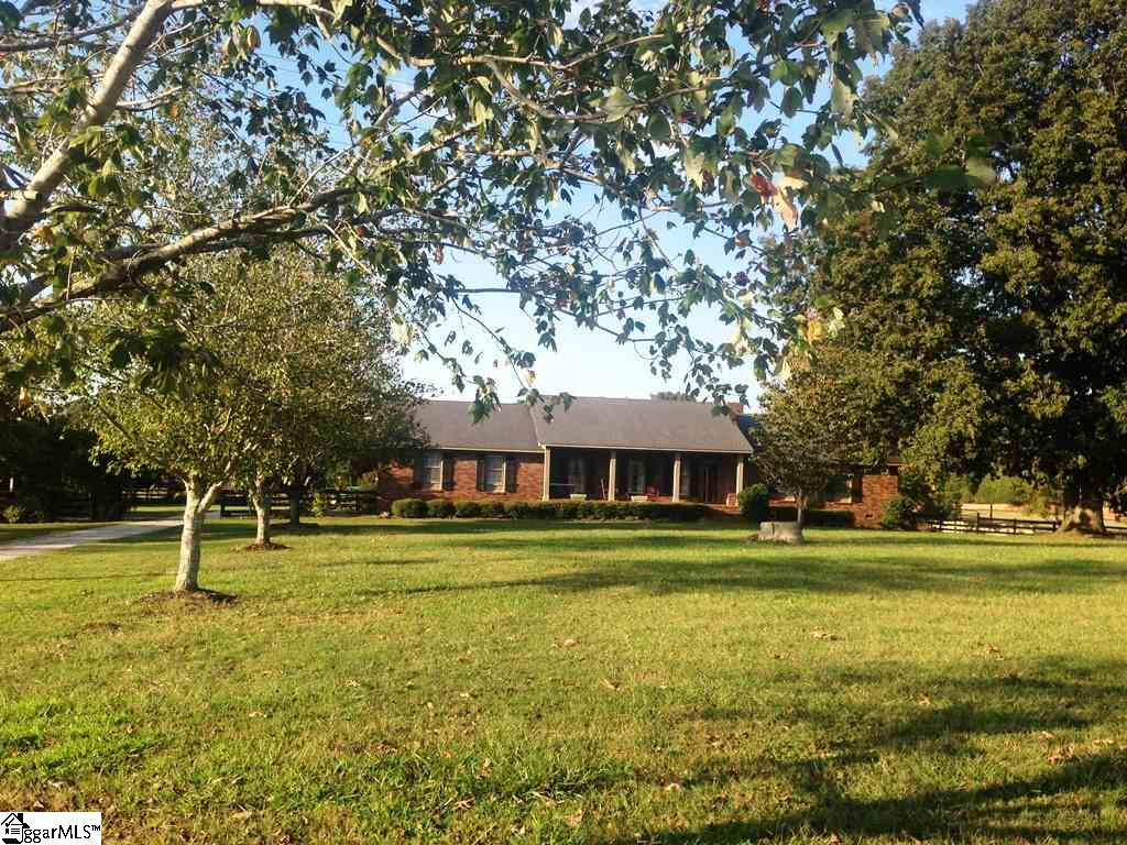 2032 Leesville Church Clinton, SC 29325-7508