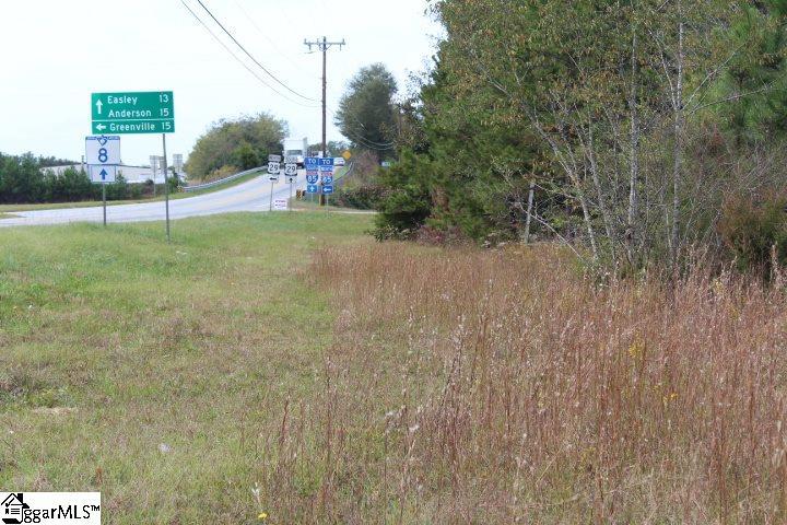 110 Capell Drive Pelzer, SC 29669