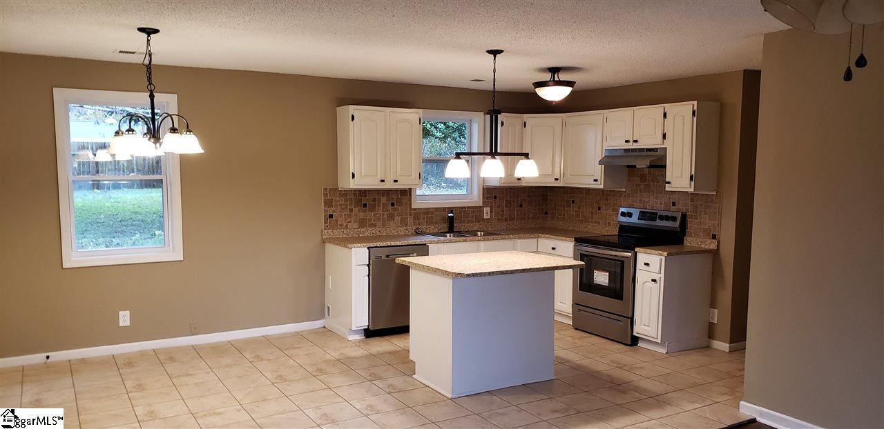 110 Alpha Drive Greenville 29605 Berkshire Hathaway Homeservices