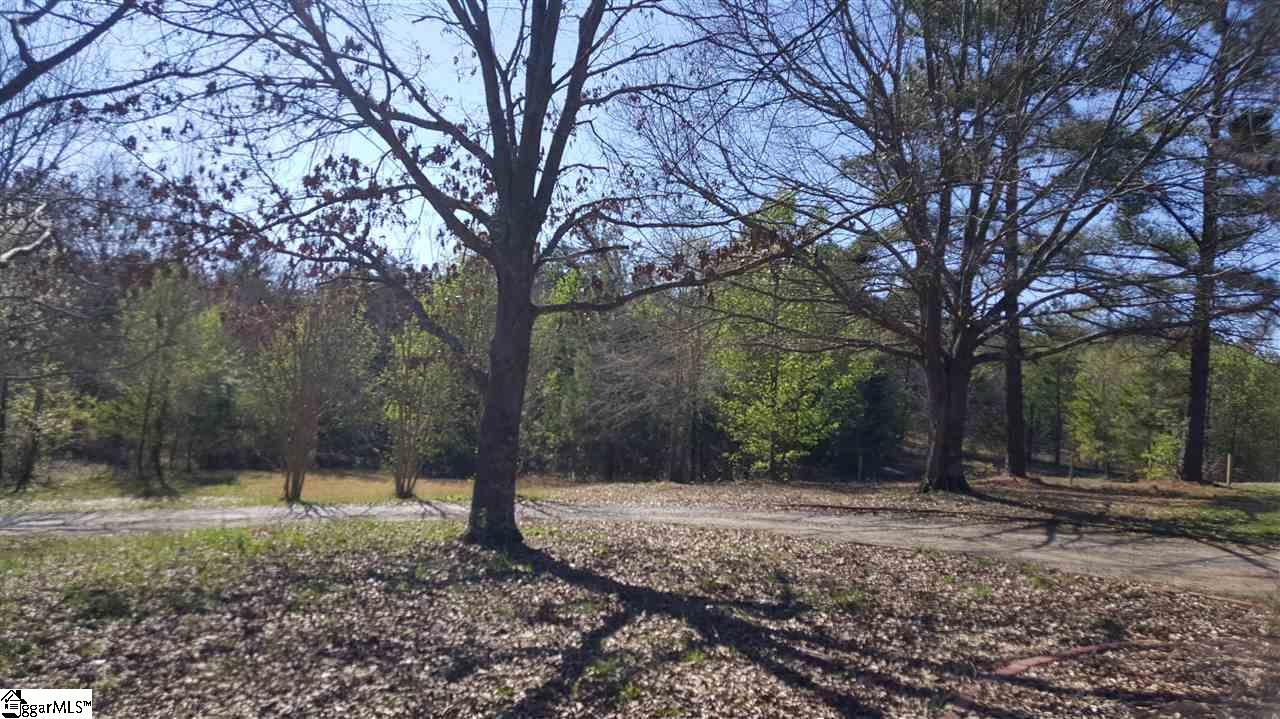 350 Robin Lake Road Duncan, SC 29334