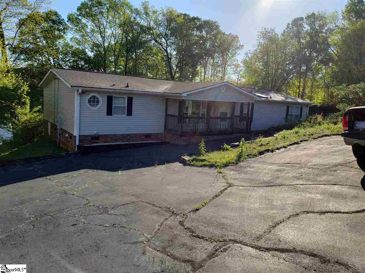 113 Point Townville, SC 29689