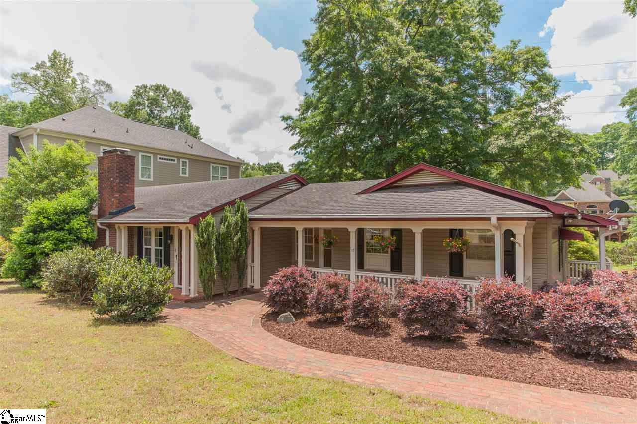 17 Waccamaw Circle, Greenville, 29605 | Berkshire Hathaway HomeServices on real estate exam, real estate clovis nm, real estate tracy ca, real estate lewisburg wv, real estate lewistown mt, real estate caribou maine, real estate cape coral fl, real estate brownsville tx, real estate words, real estate warren pa, real estate benton ar, real estate alhambra ca, real estate motivation, real estate lease agreement, real estate waynesboro va, real estate custer sd, real estate questions, real estate covington la, real estate oceanside ca, real estate business plan,