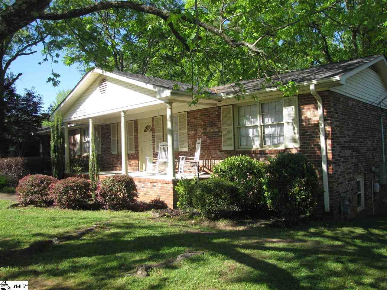 5 Singleton Greenville, SC 29617