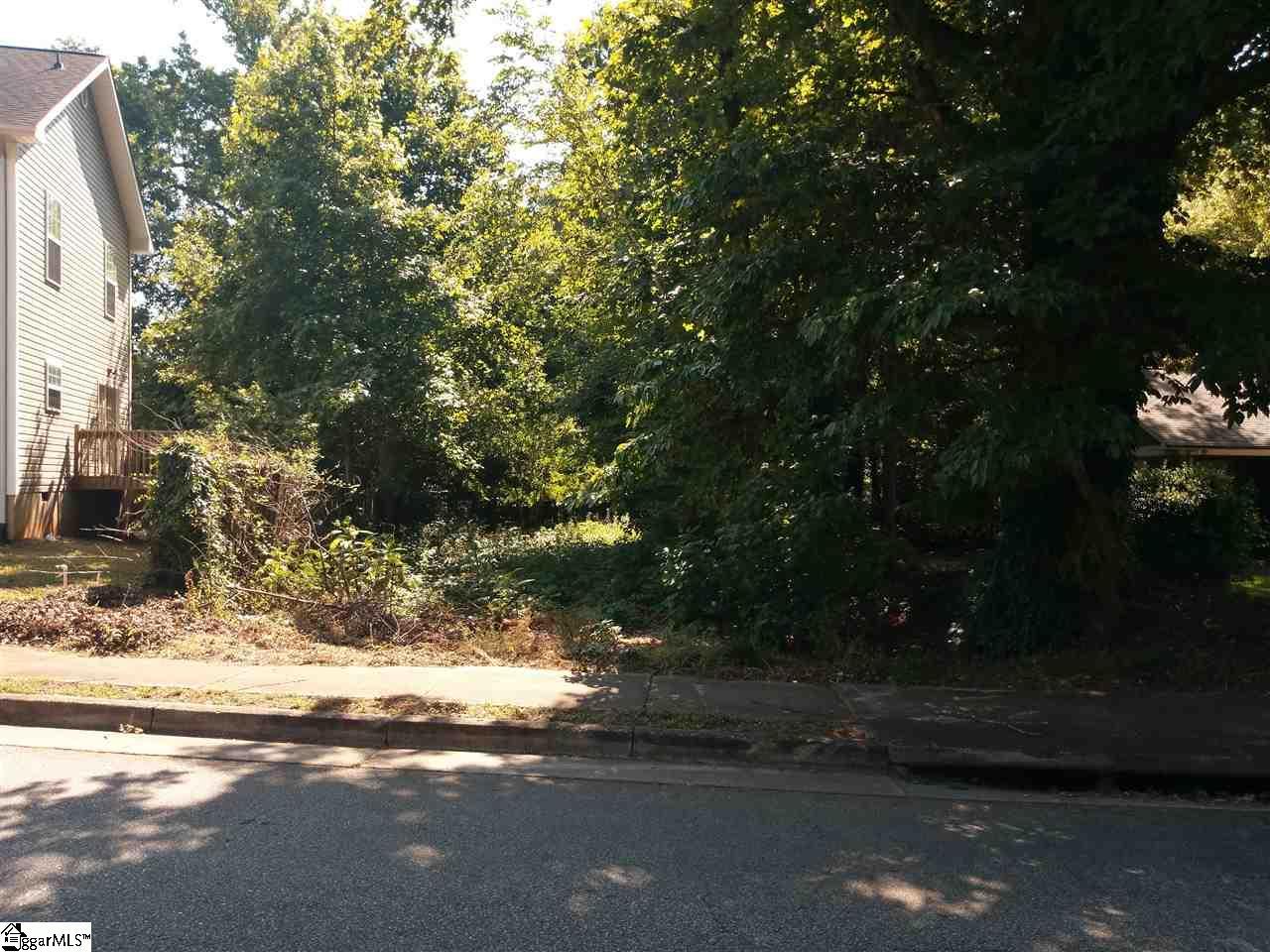 Wilshire Greenville, SC 29609