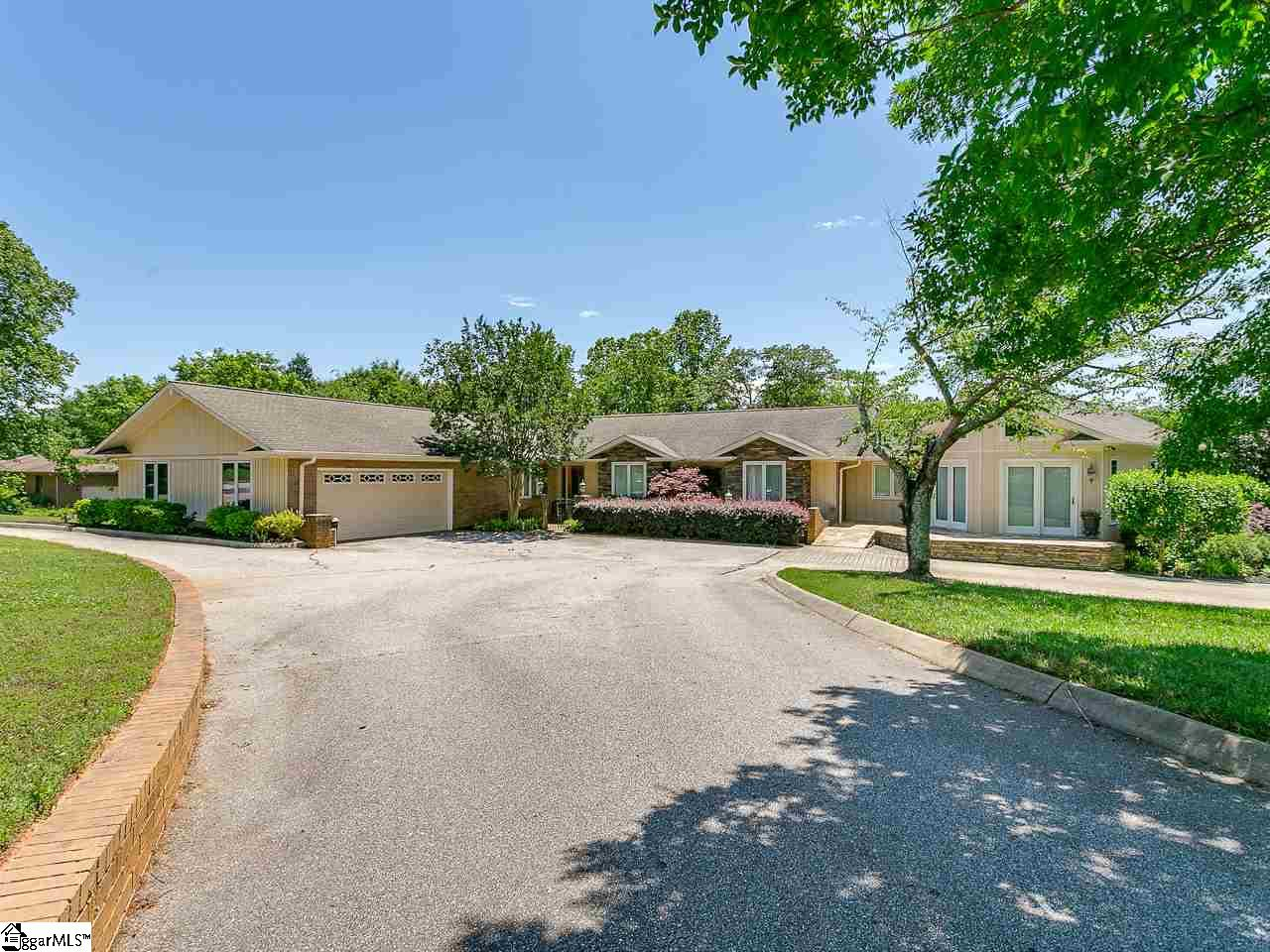 102 Twin Lakes Moore, SC 29369