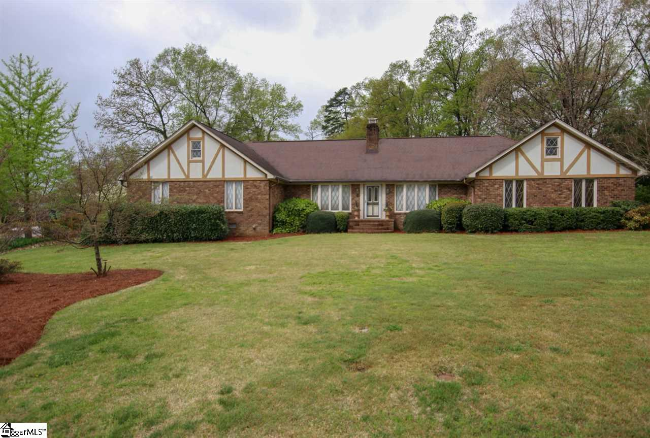 14 BRANDYWINE Court, Greenville, South Carolina 29615, 4 Bedrooms Bedrooms, ,4 BathroomsBathrooms,Single Family (Detached),For Sale,BRANDYWINE,1392845