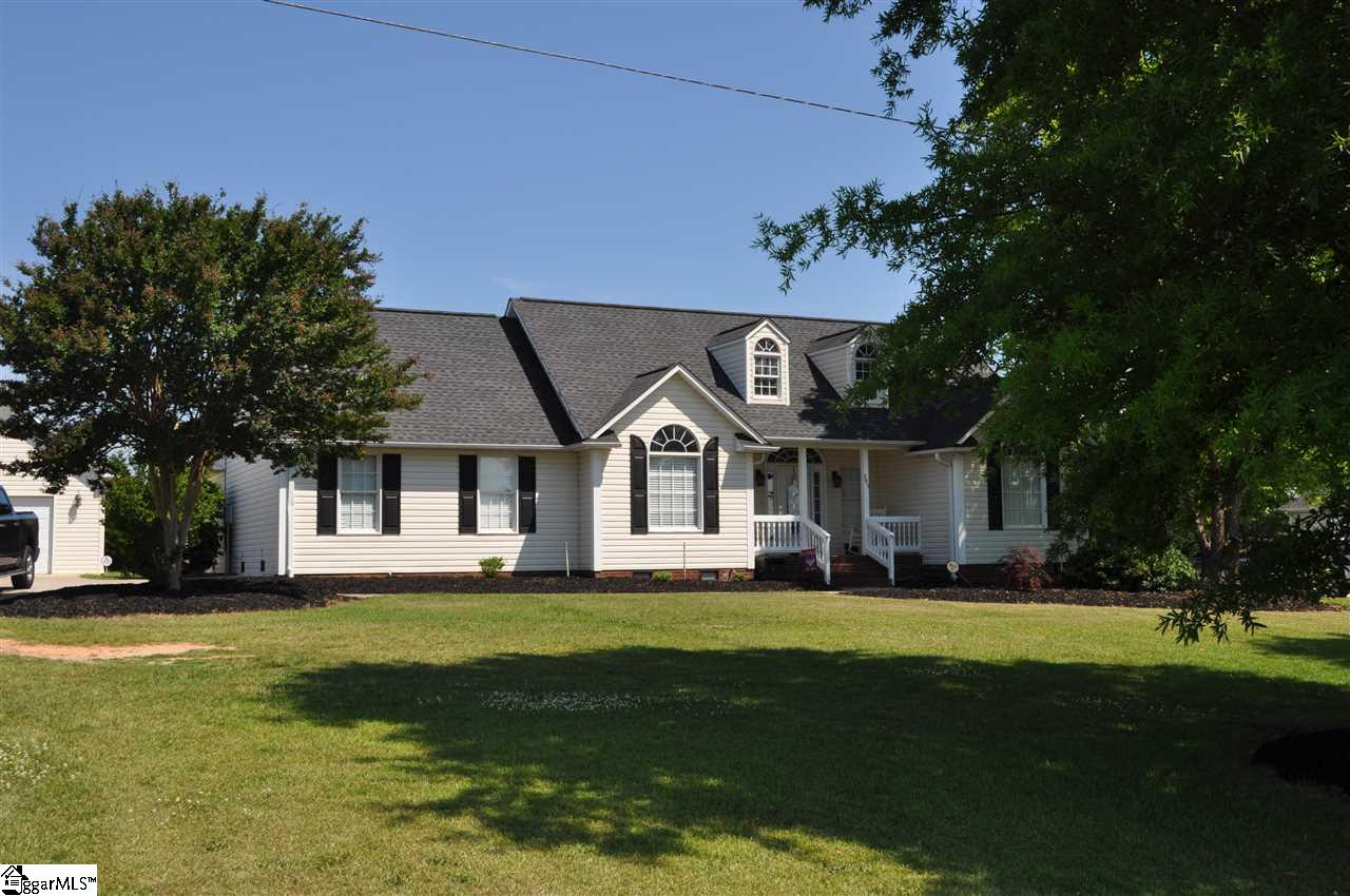 203 Fosters Grove Chesnee, SC 29323