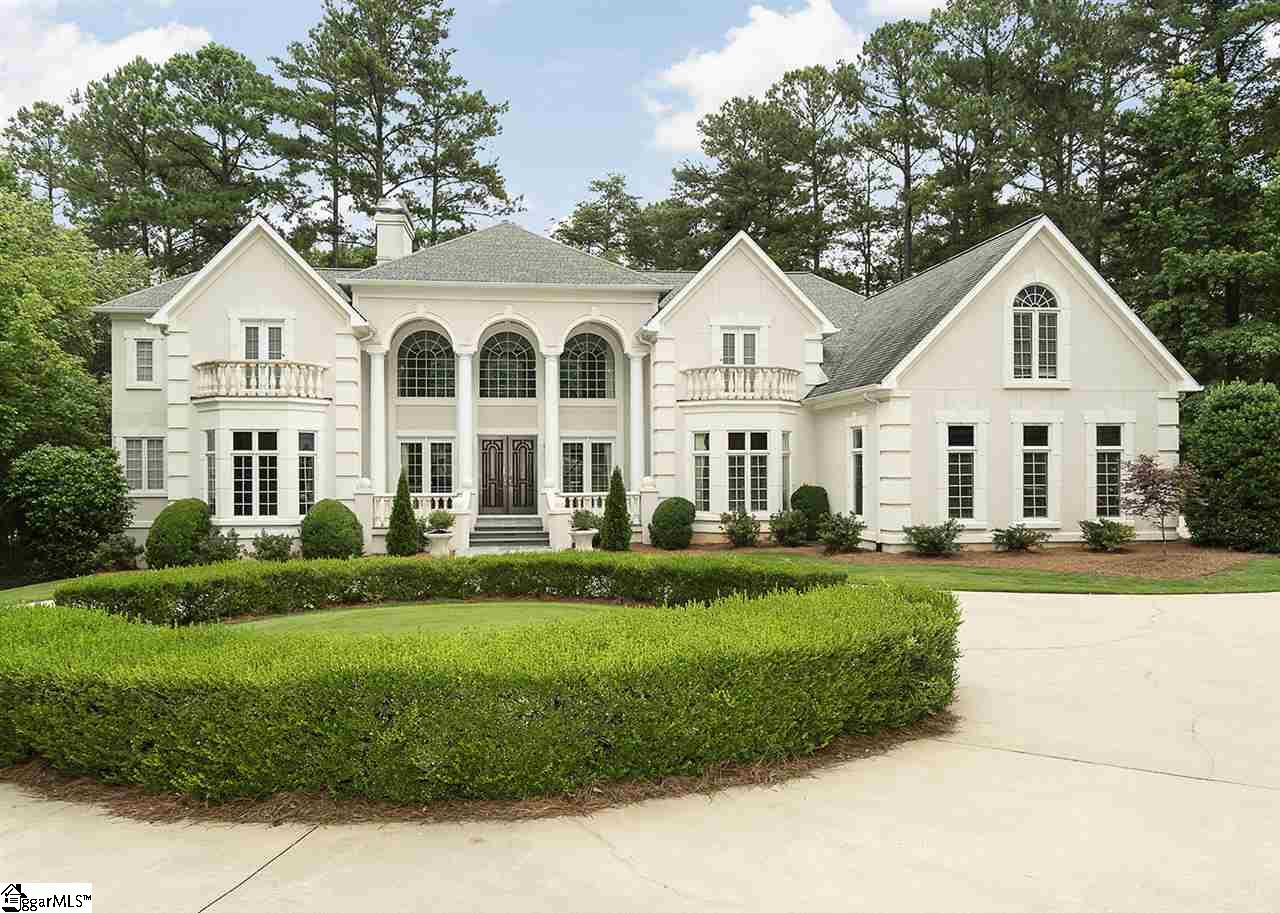 204 English Oak Spartanburg, SC 29306