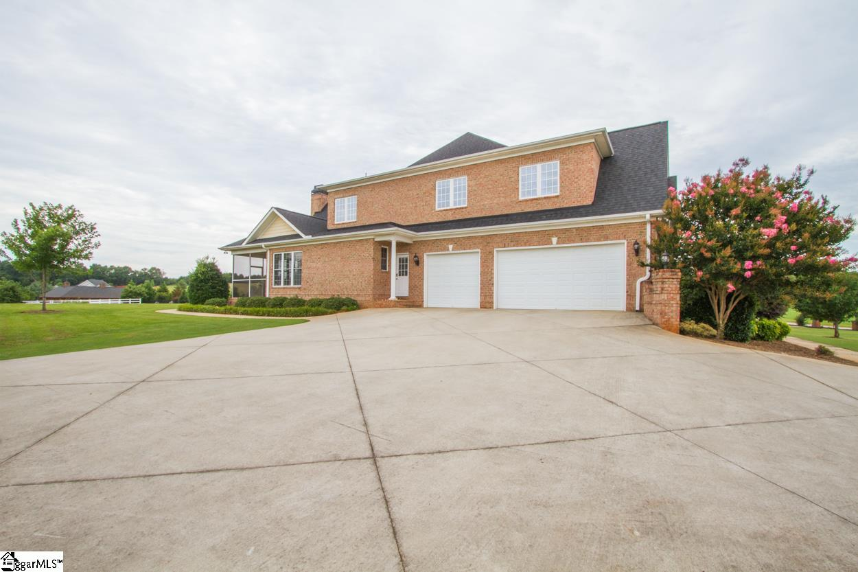 106 Lazy Willow Williamston, SC 29697