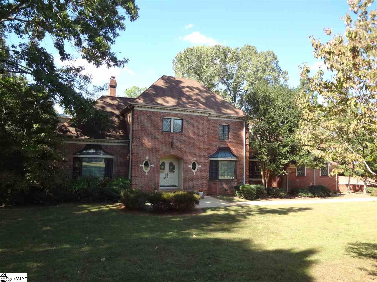 105 W Round Hill Greenville, SC 29617-7039