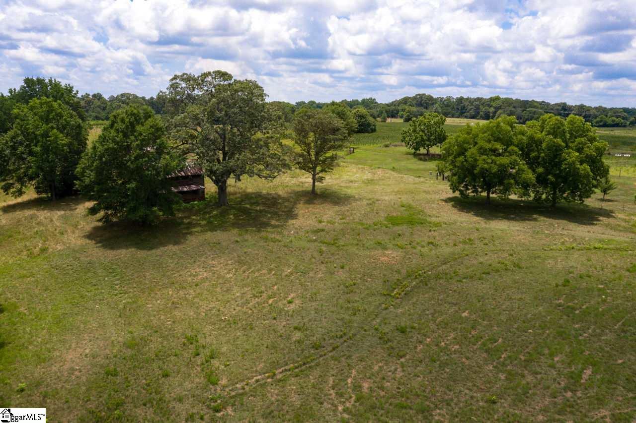 2008 E Georgia Simpsonville, SC 29681