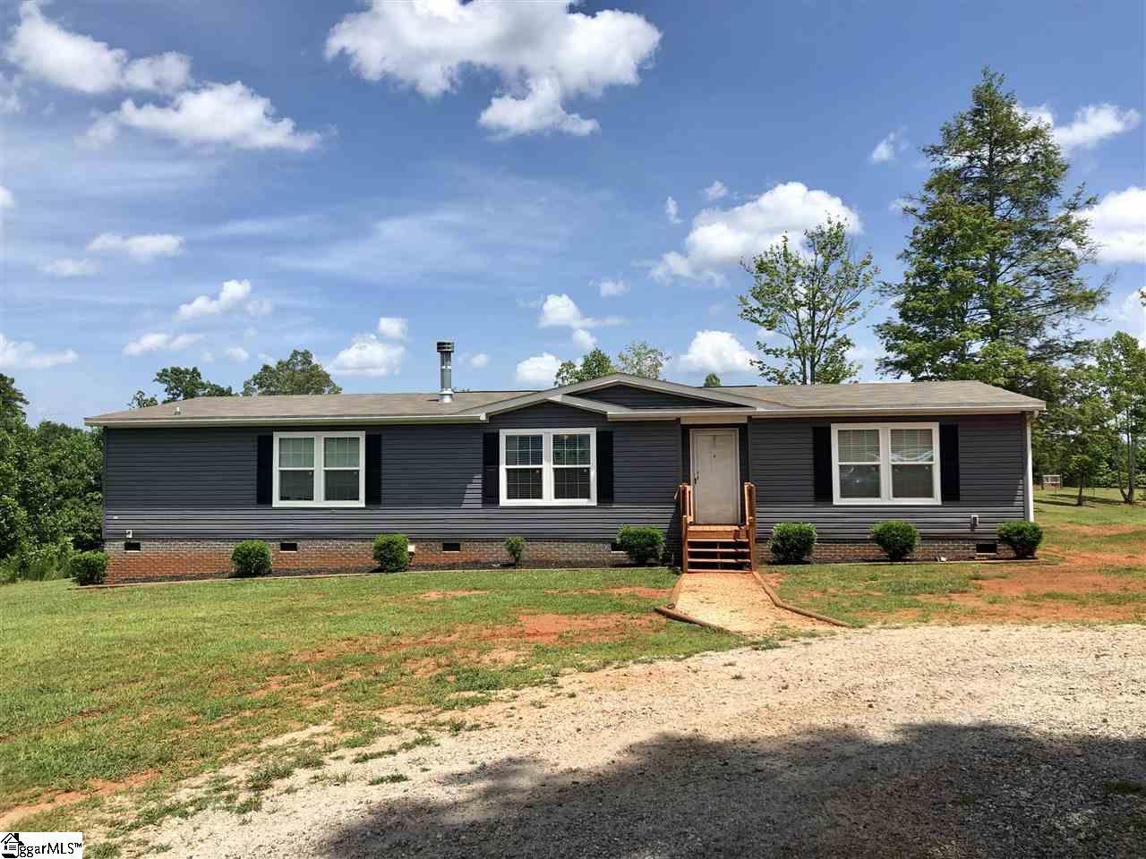 563-565 Pleasant Grove Pickens, SC 29671