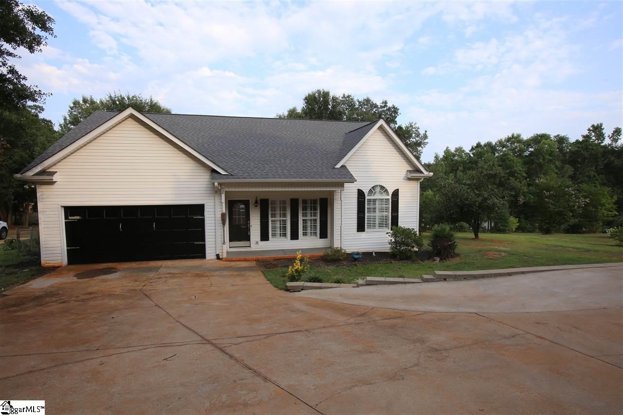 284 Penny Townville, SC 29689