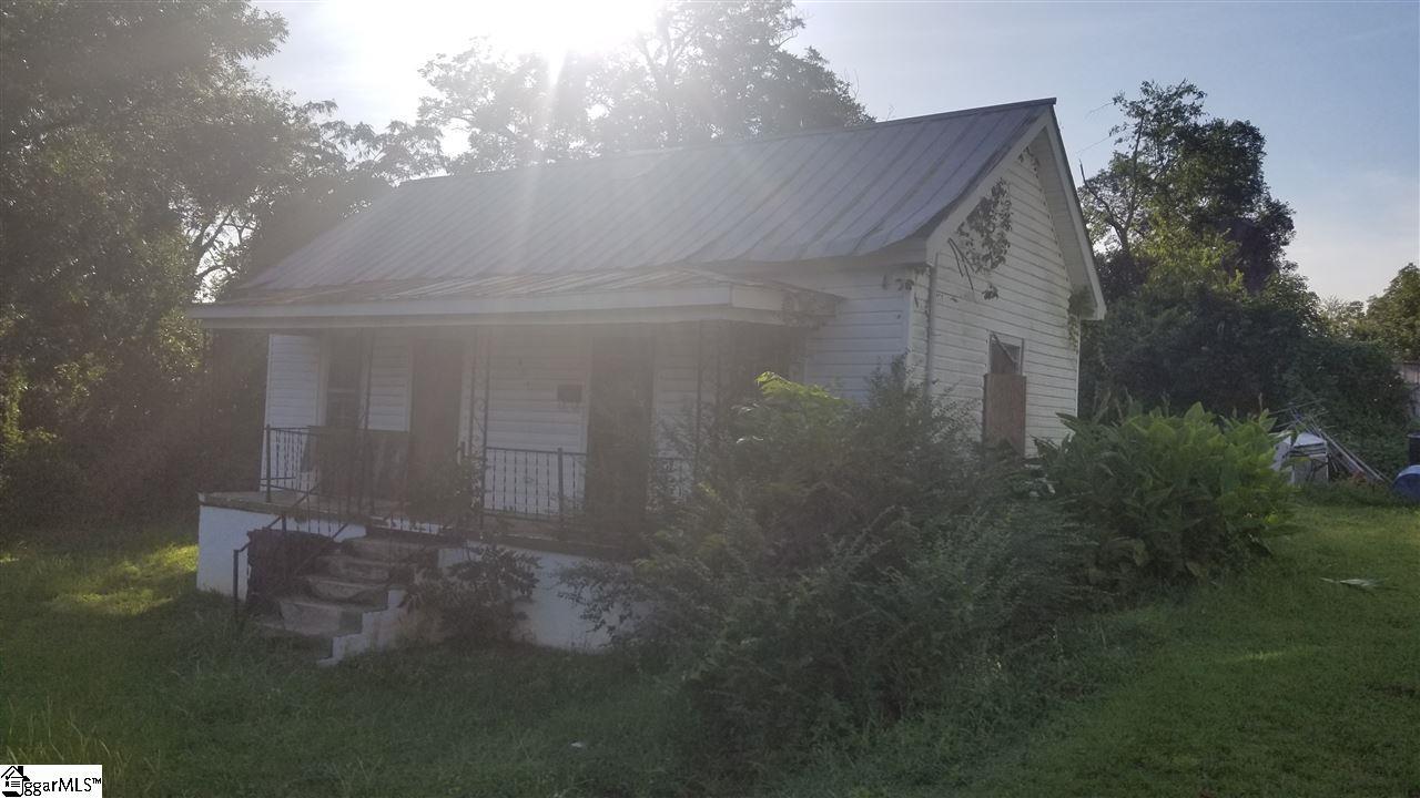 821 Boyd Newberry, SC 29108