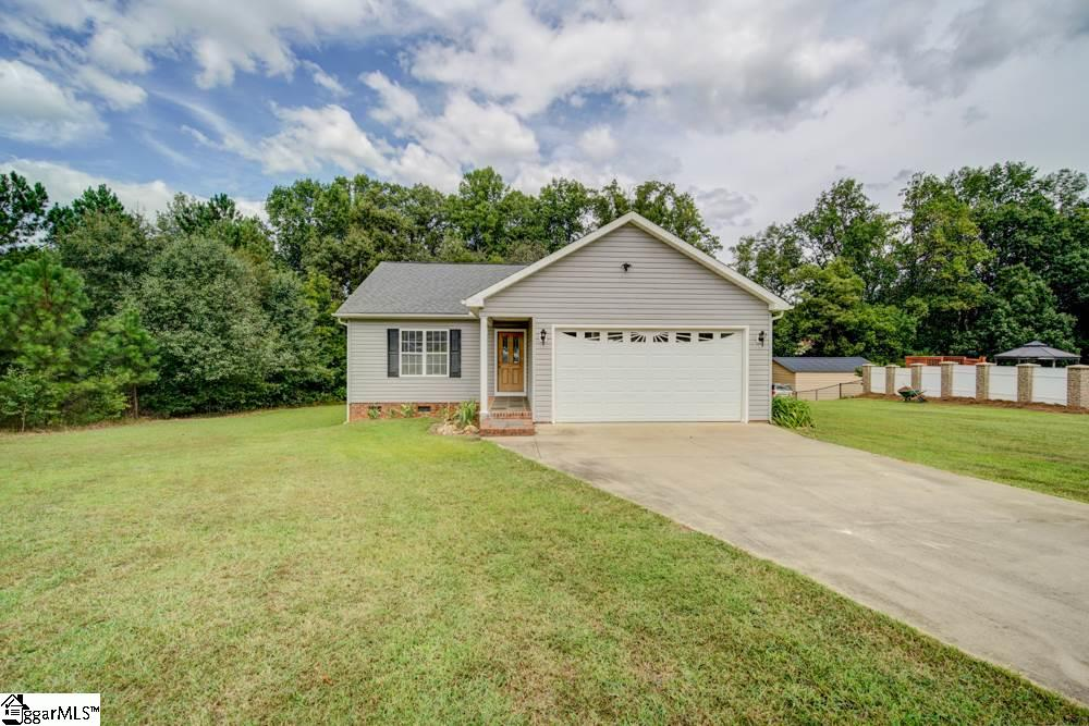 184 Maple Tree Cowpens, SC 29330
