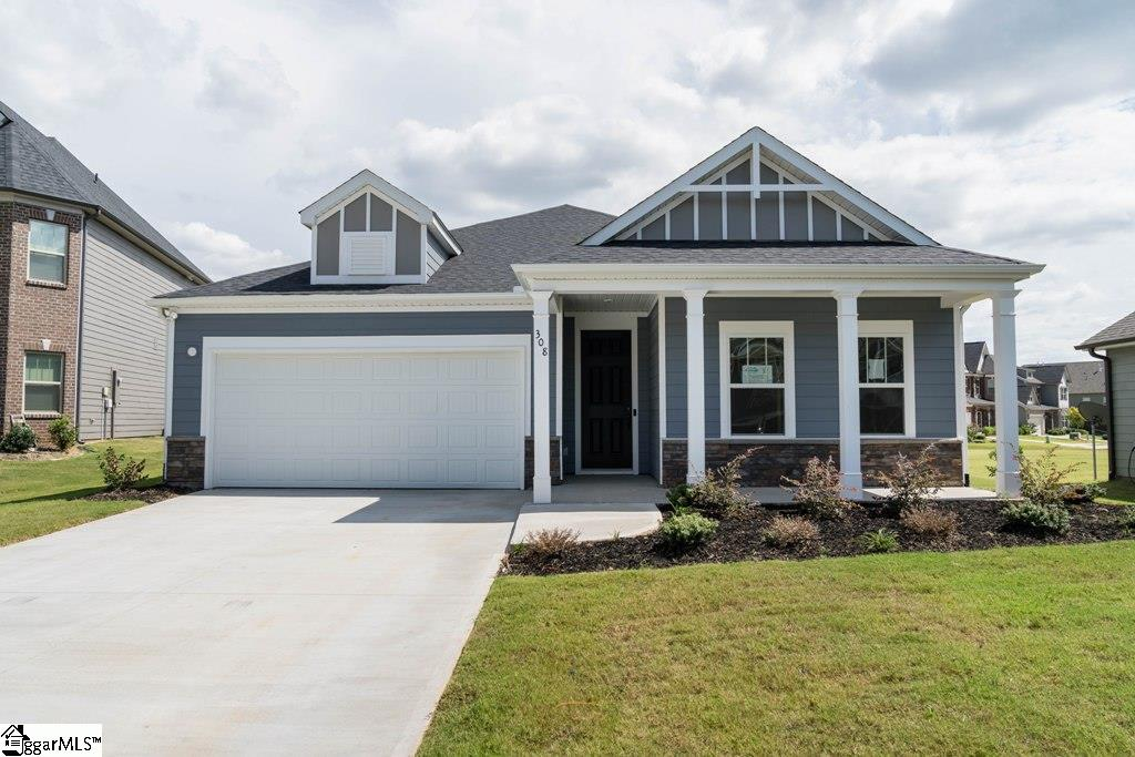 308 Delbourne Greer, SC 29651