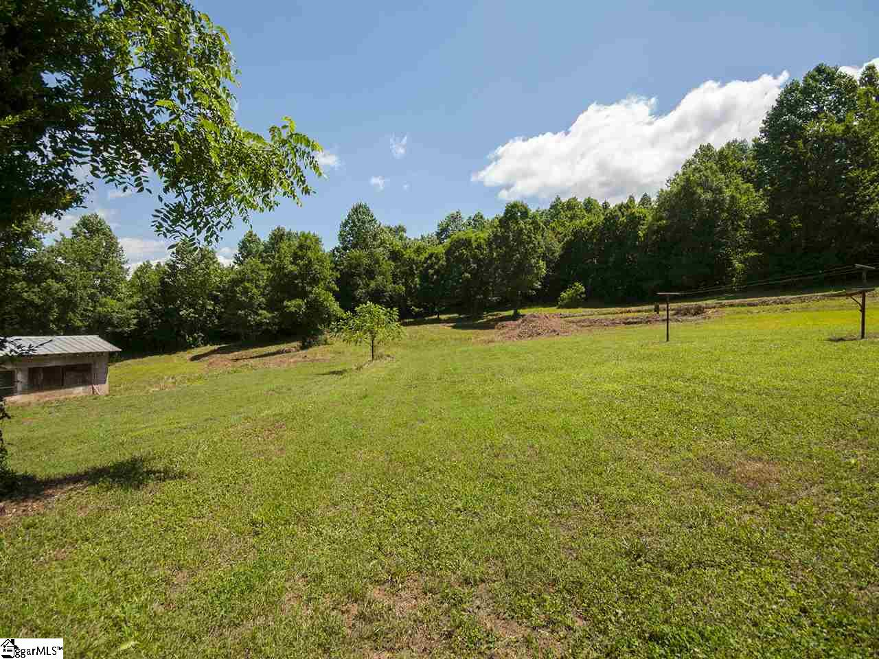 1359 Camp Creek Taylors, SC 29687