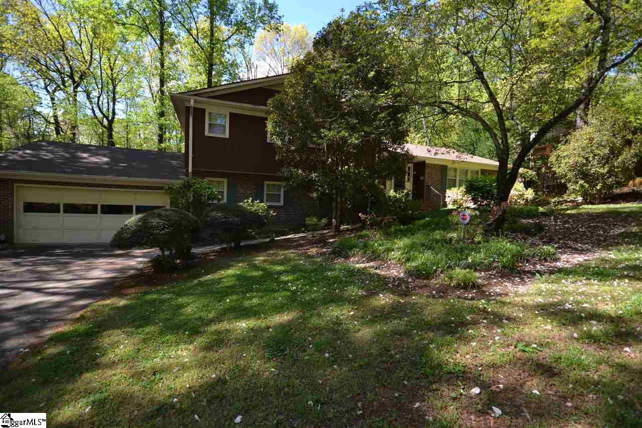 203 Old Mill Taylors, SC 29687-4944