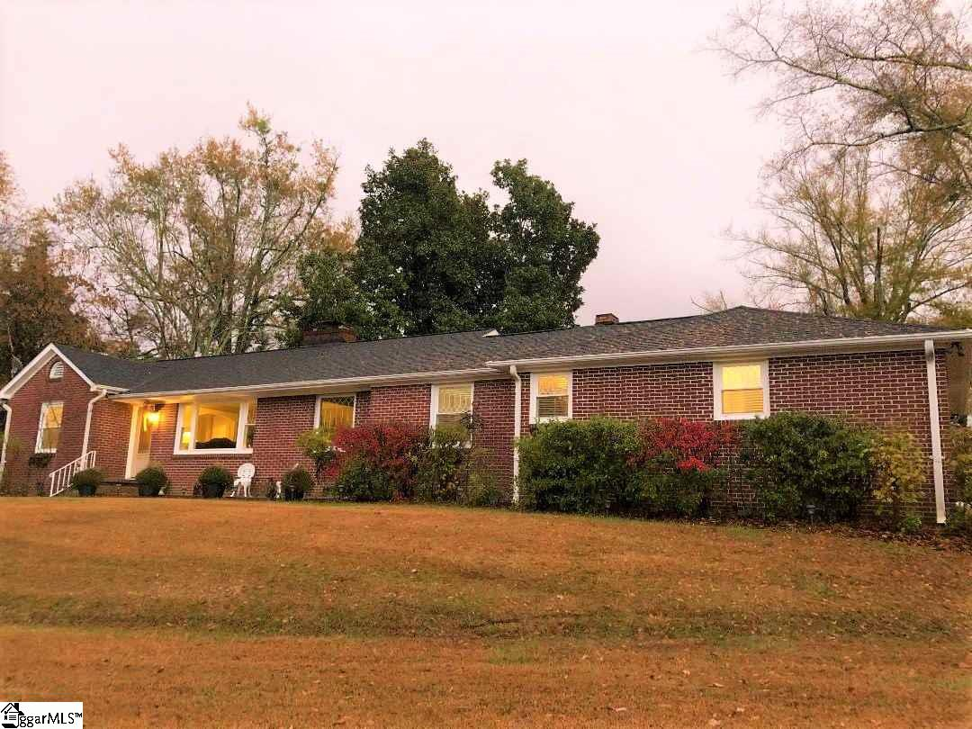 206 Summit Liberty, SC 29657