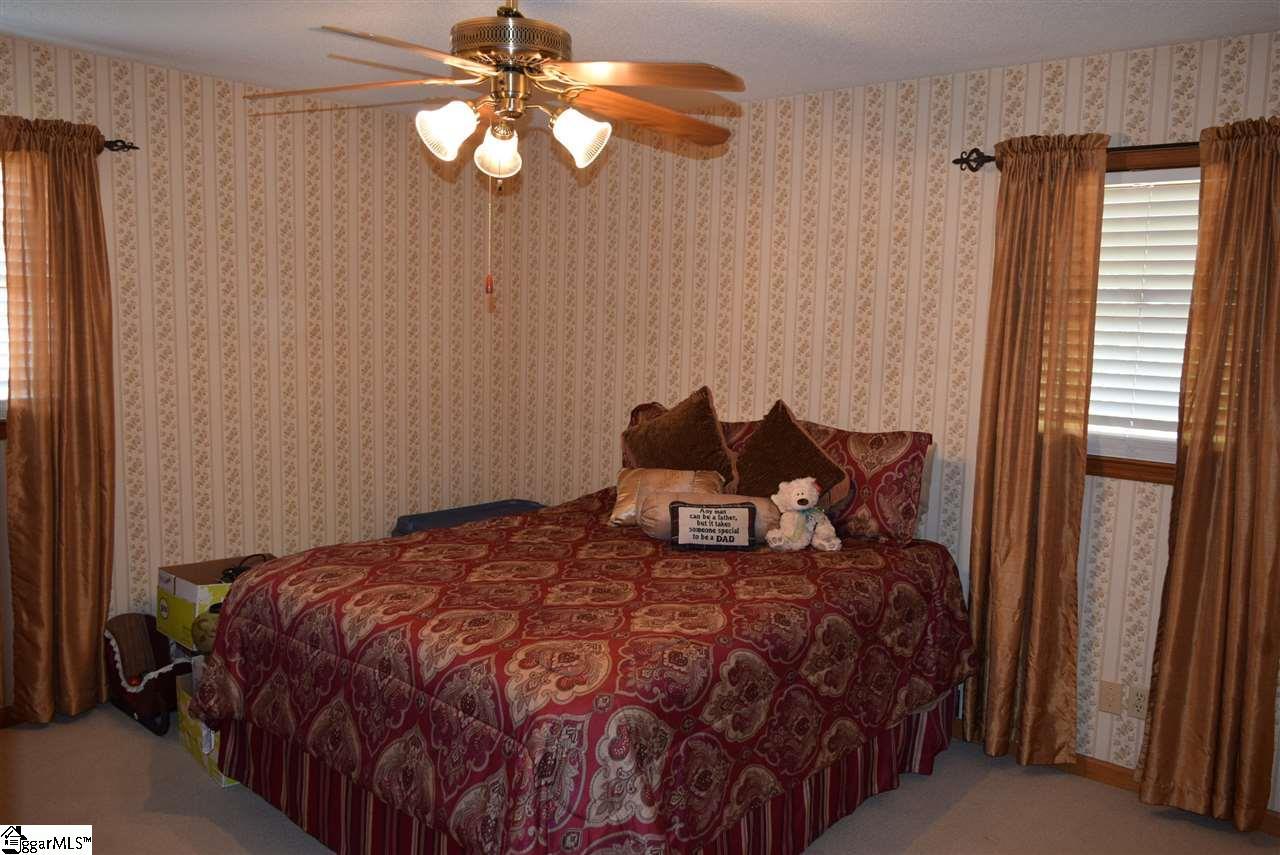 141 Shady Grove Cowpens, SC 29330