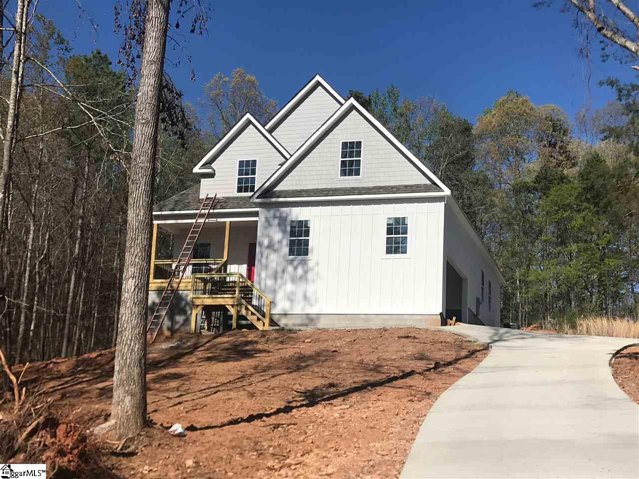 112 Puckett Mill Central, SC 29630