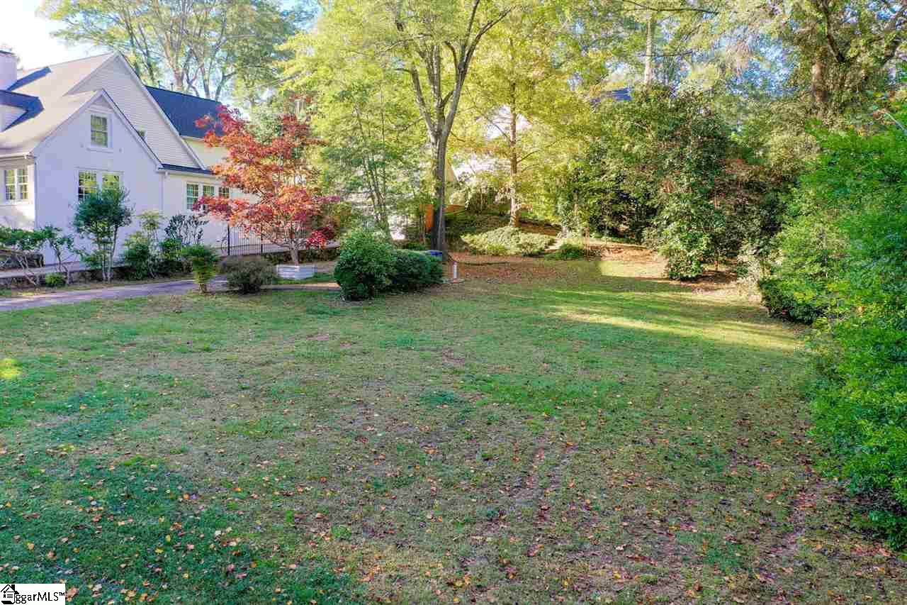 231 Pine Forest Greenville, SC 29601