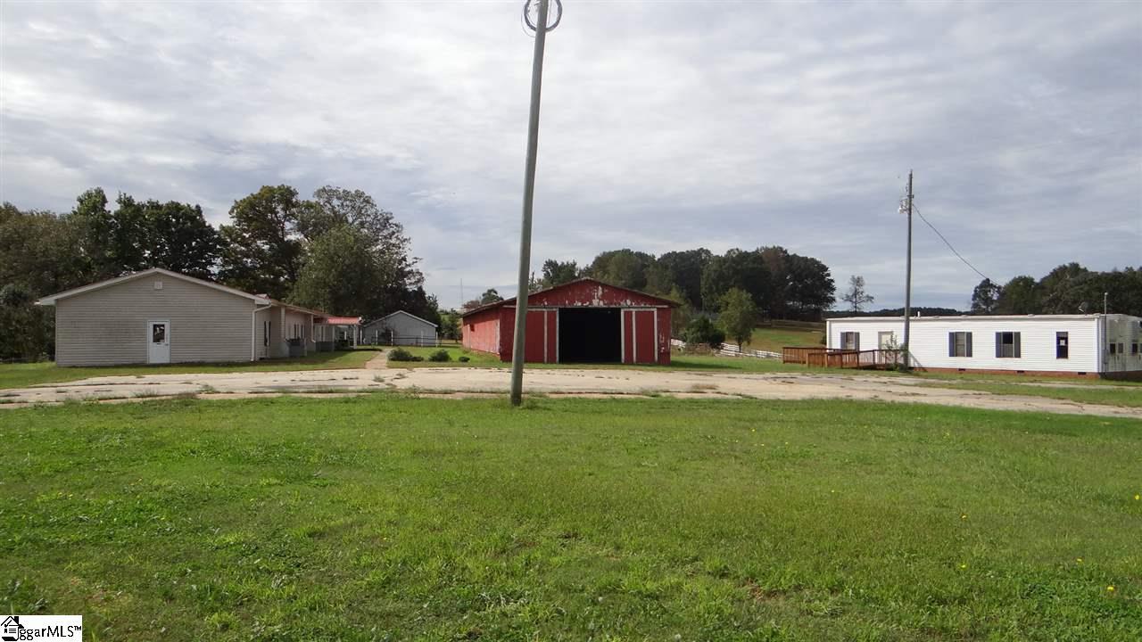 207 Farm House Fair Play, SC 29681-9999