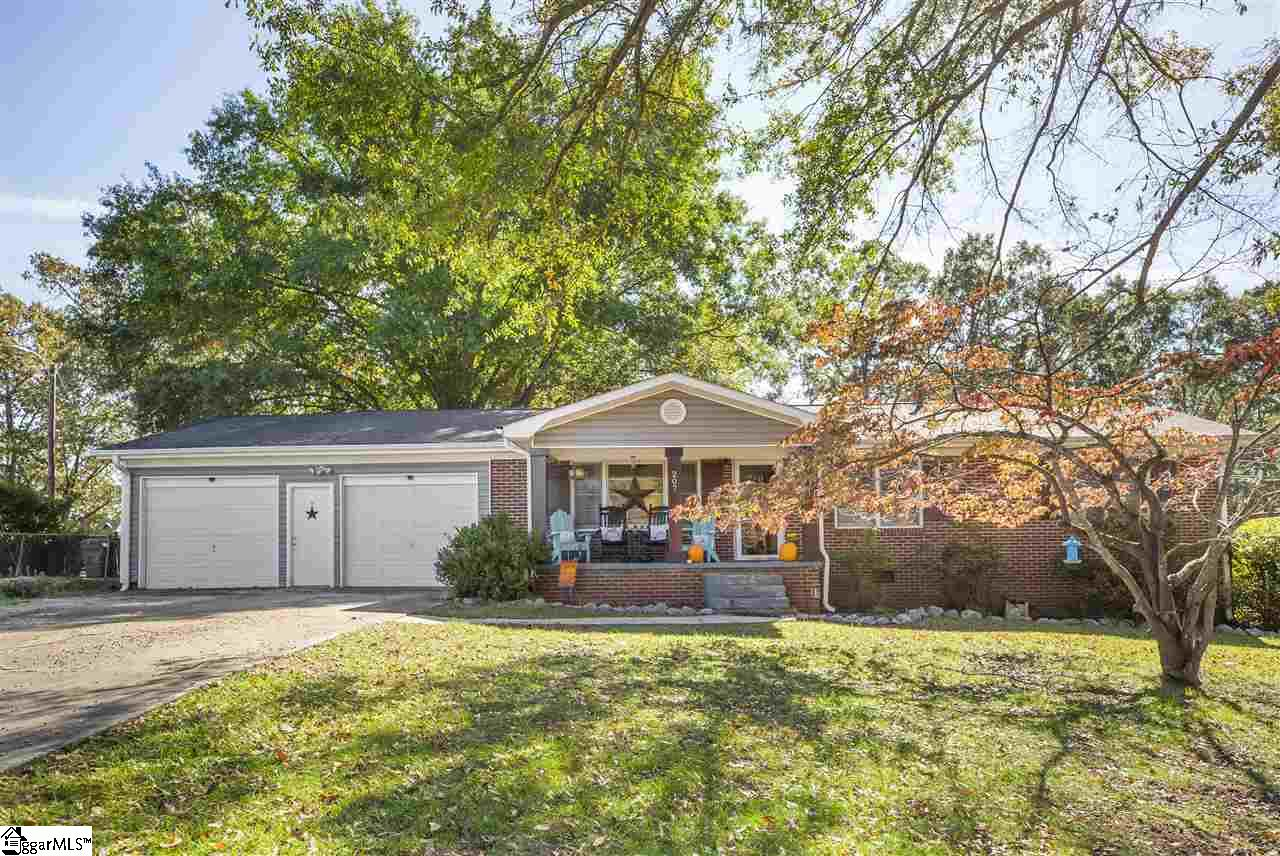 207 Mountain View Central, SC 29630