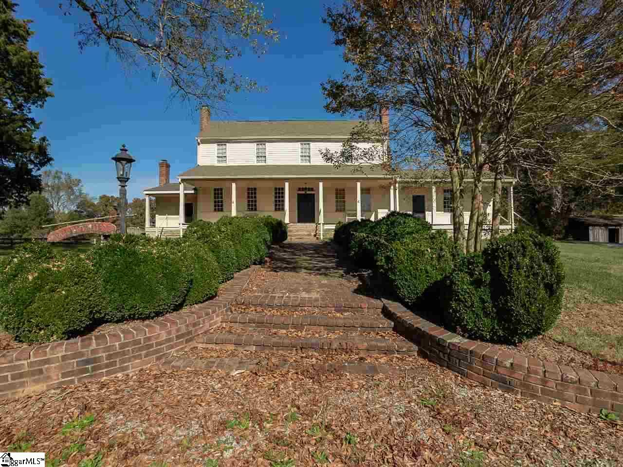 455 Old Georgia Moore, SC 29369