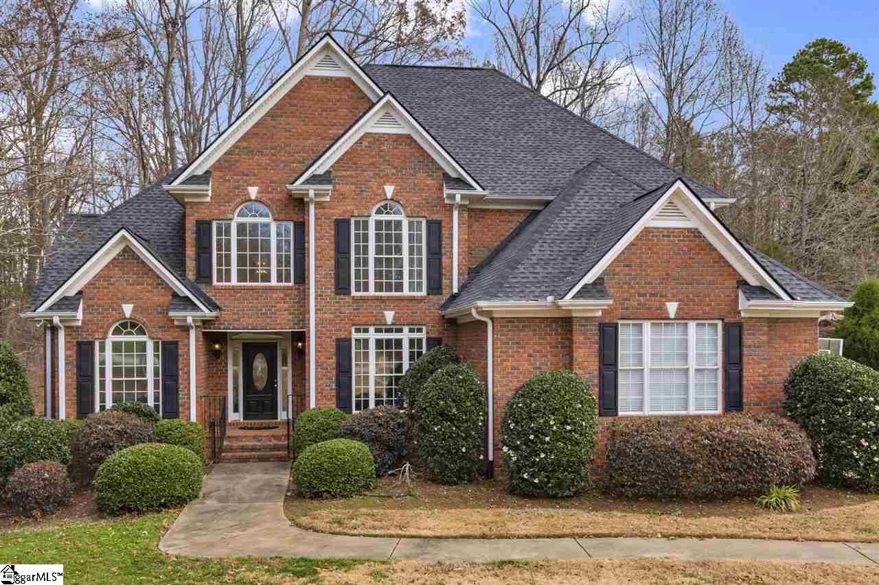 406 Little Farm Spartanburg, SC 29302