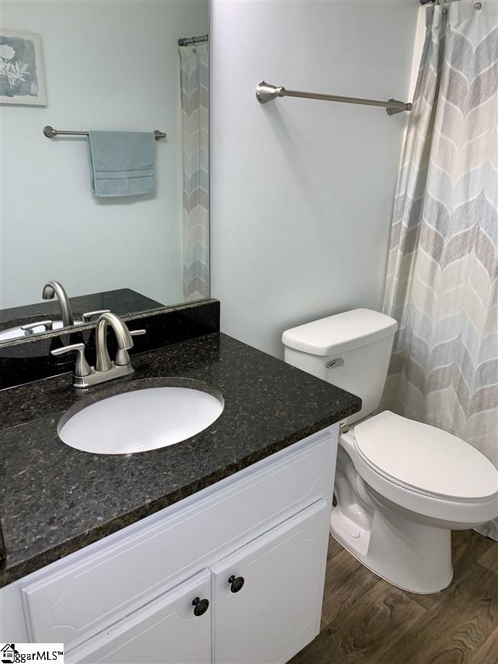 120 Shaw Fountain Inn, SC 29644