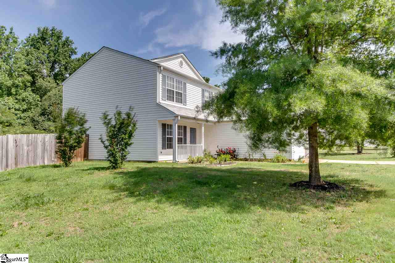 205 Winding Willow Taylors, SC 29687
