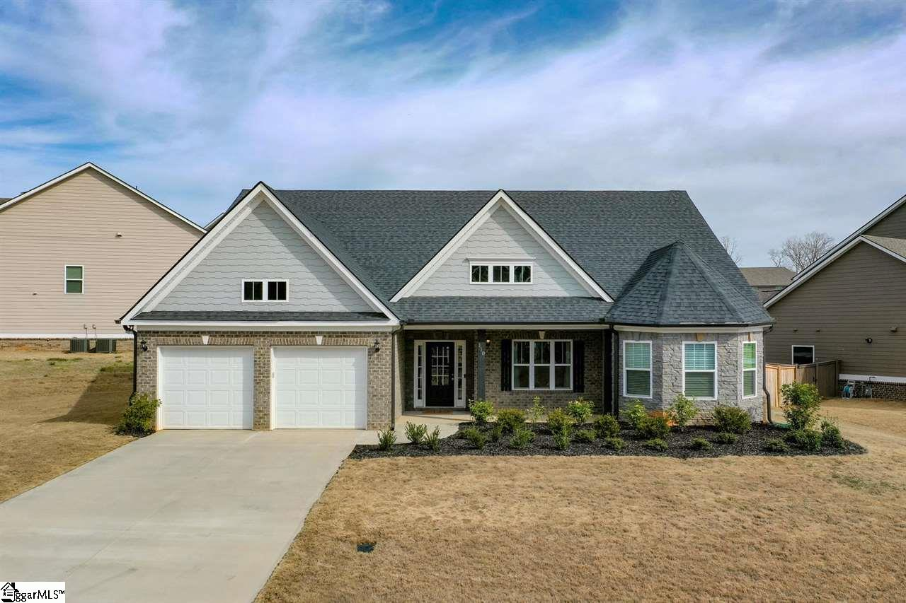 118 Wild Hickory Easley, SC 29642
