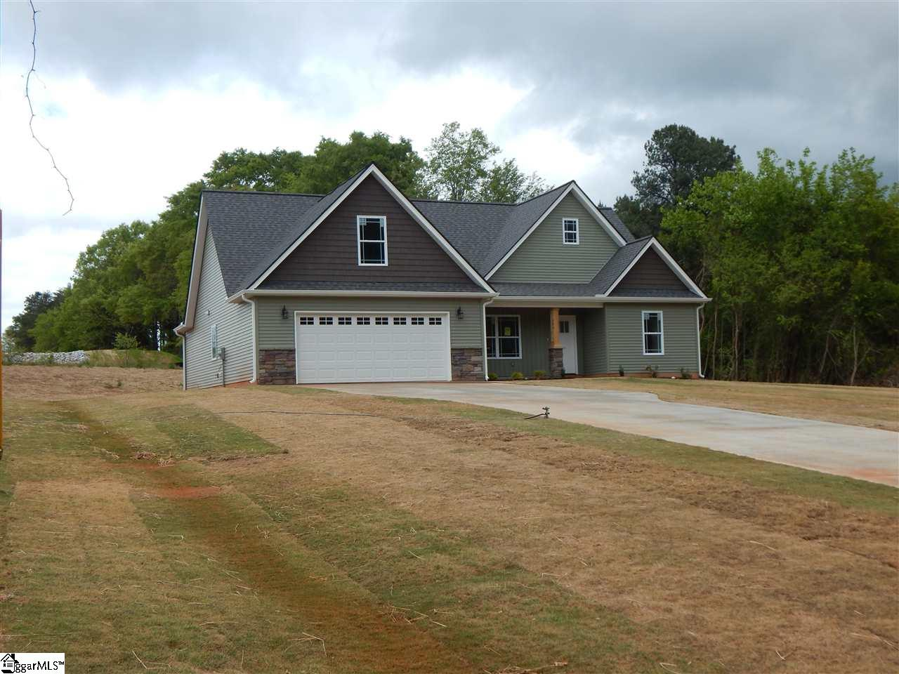 172 Coleman Wellford, SC 29385