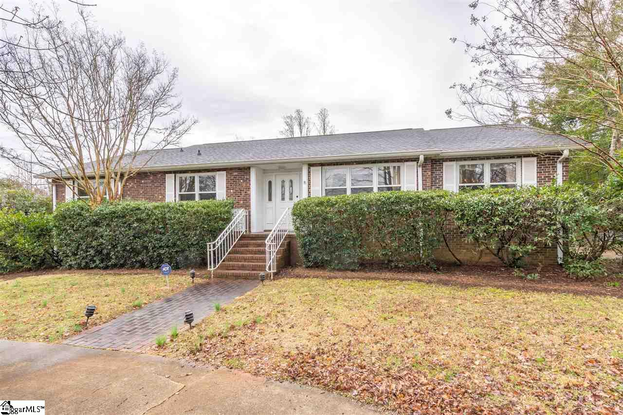 219 Rutledge Lake Greenville, SC 29617