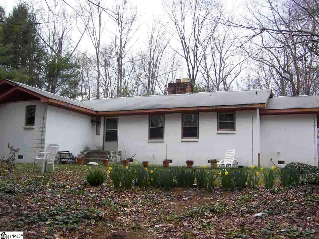 3709 Hunting Country Tryon, NC 28782
