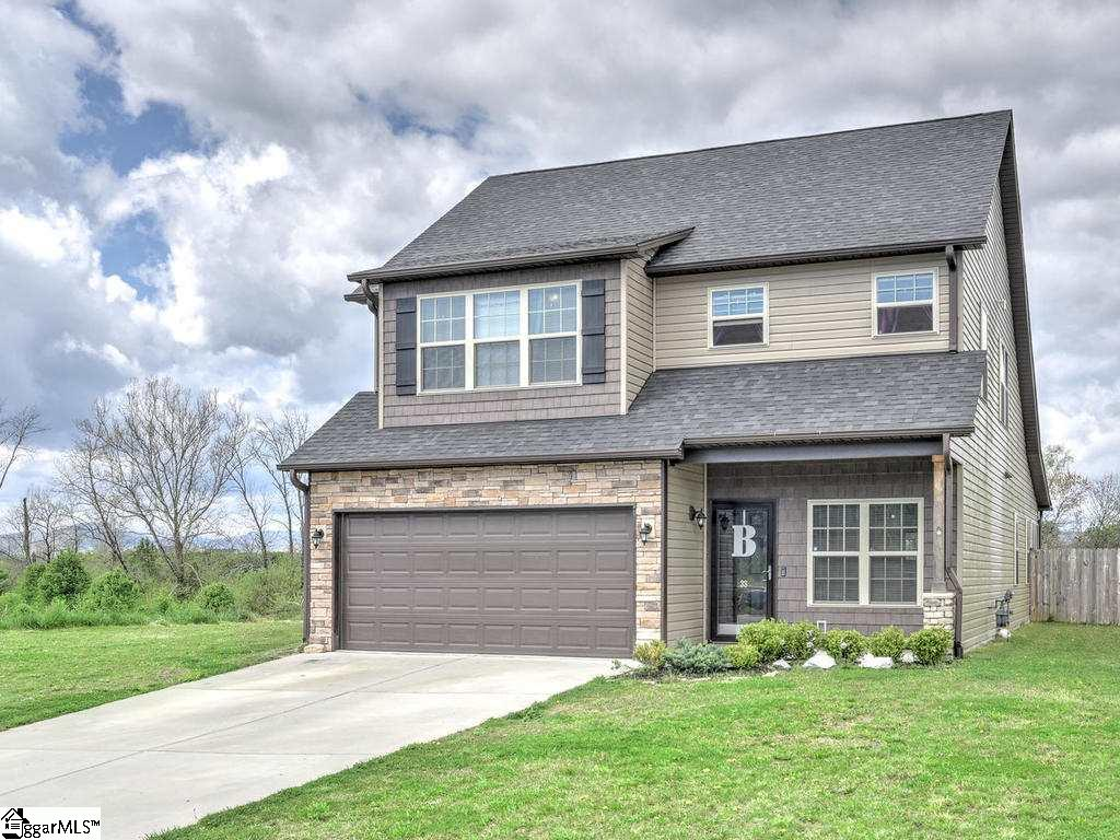 38 S River Other, NC 28732