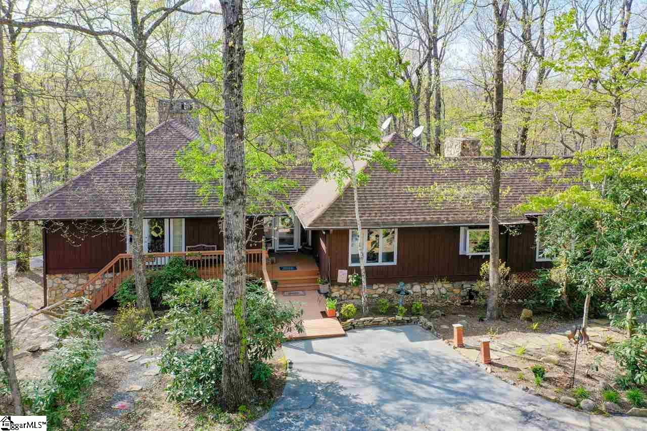 208 Rhododendron Cleveland, SC 29635