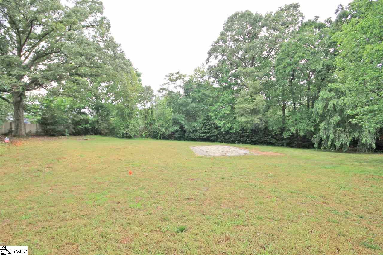 14 Darby Hill Taylors, SC 29687