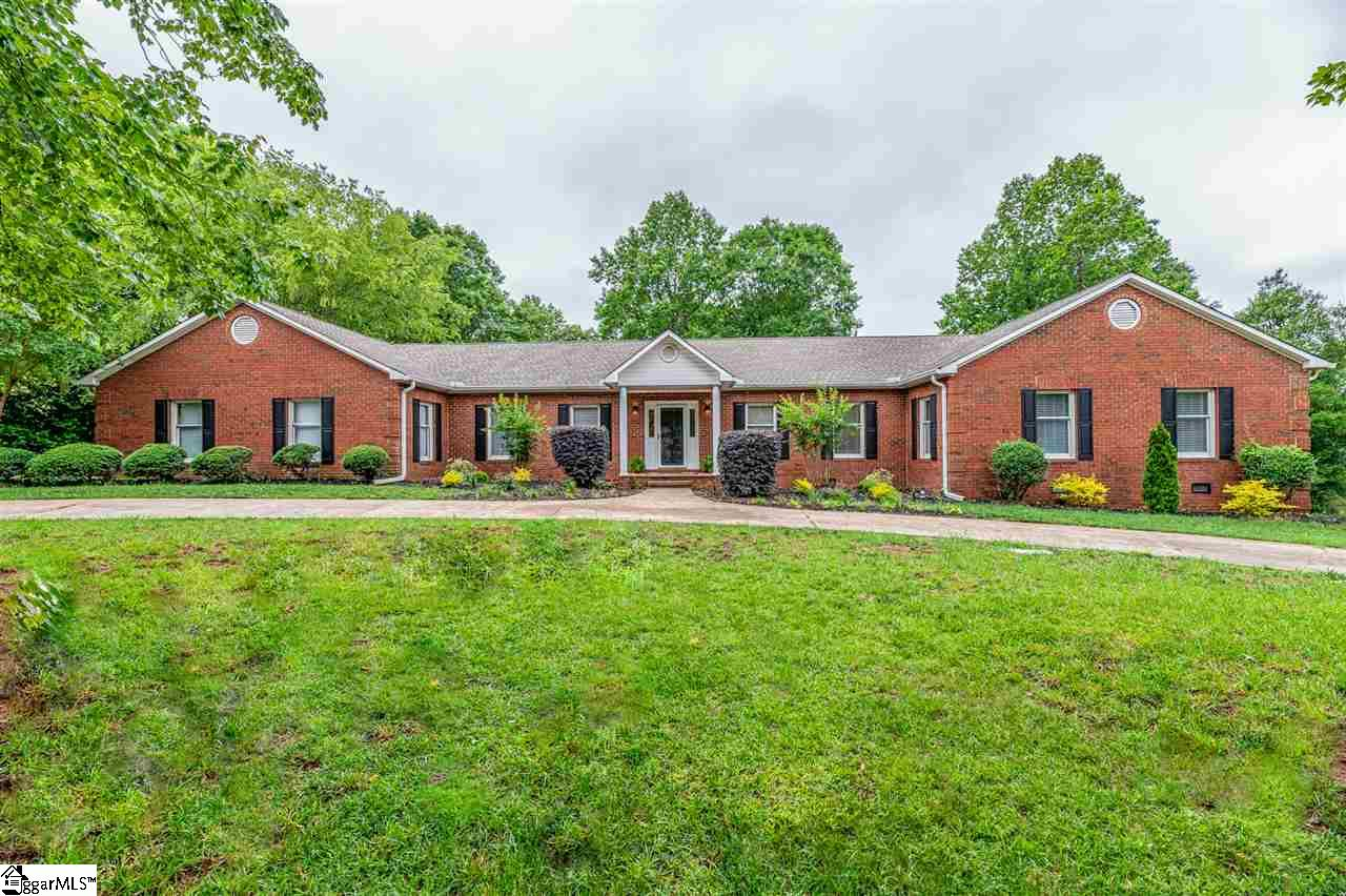 105 Rock Cove Moore, SC 29369