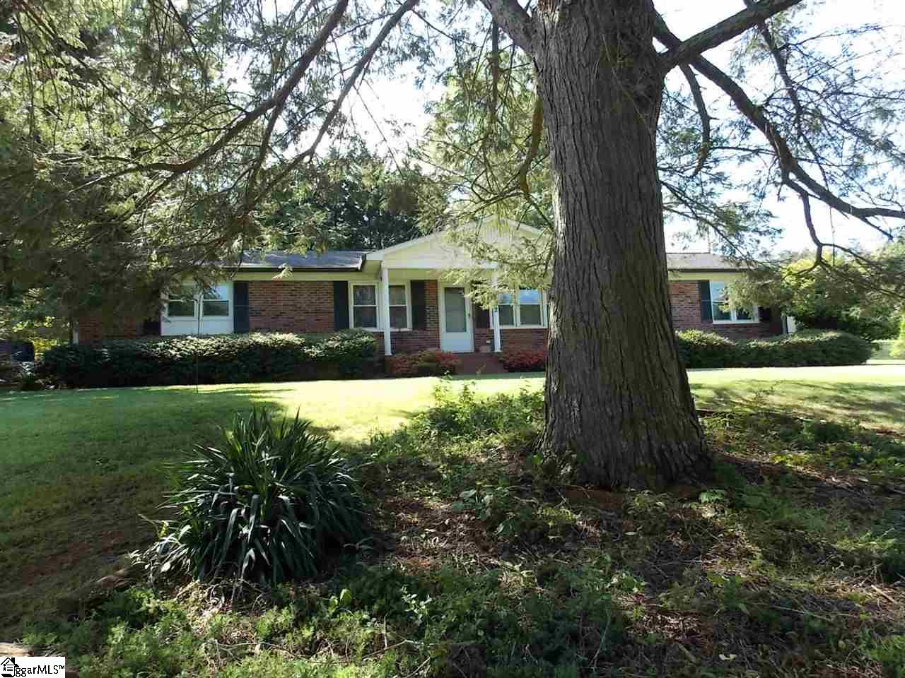 222 Holly Springs School Pickens, SC 29671