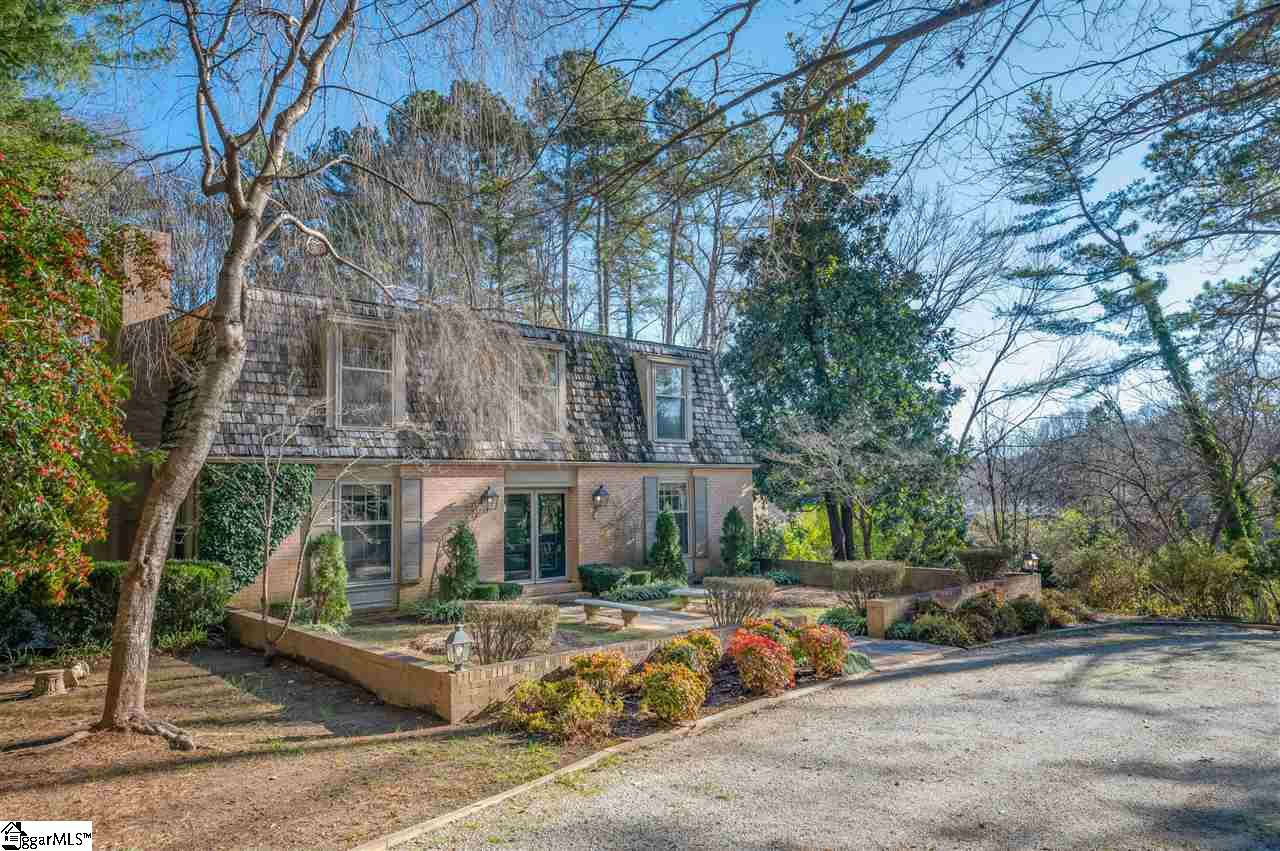 370 Hunting Country Road Tryon, NC 28782