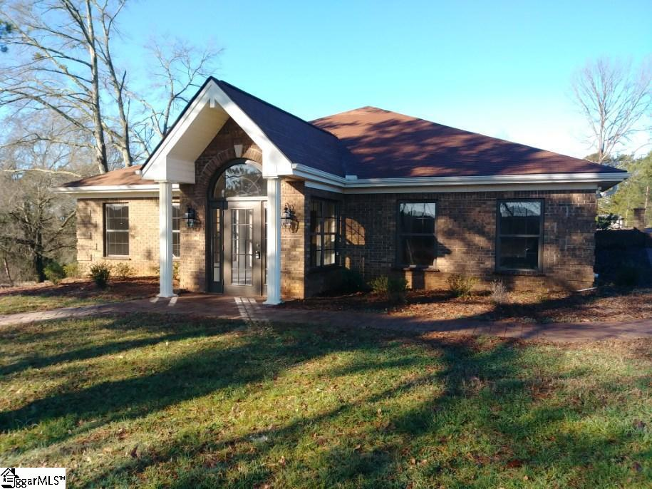 4506 Moorefield Memorial Pickens, SC 29671