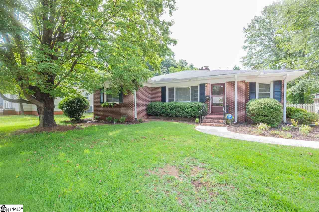 8 E Blue Ridge Greenville, SC 29609