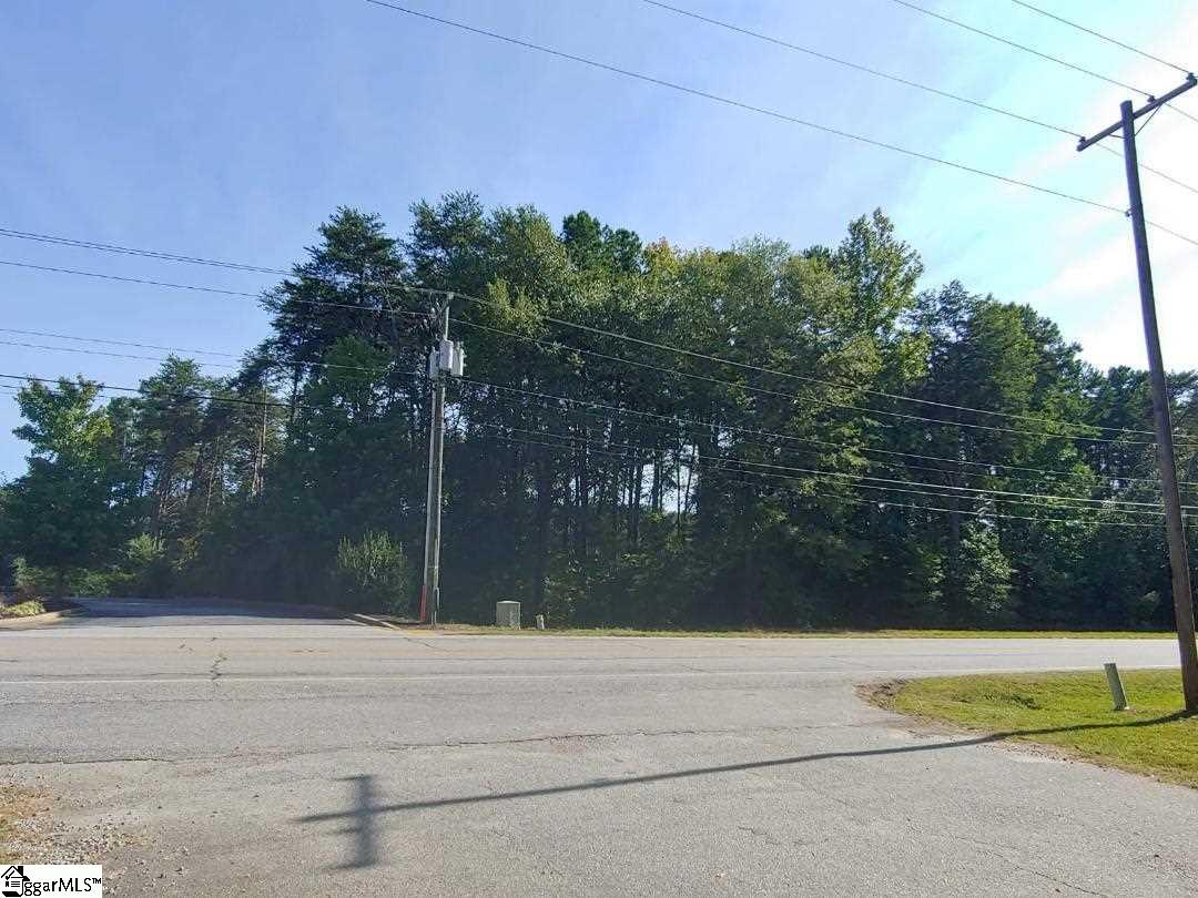 3304 Brushy Creek Road Greer, SC 29650