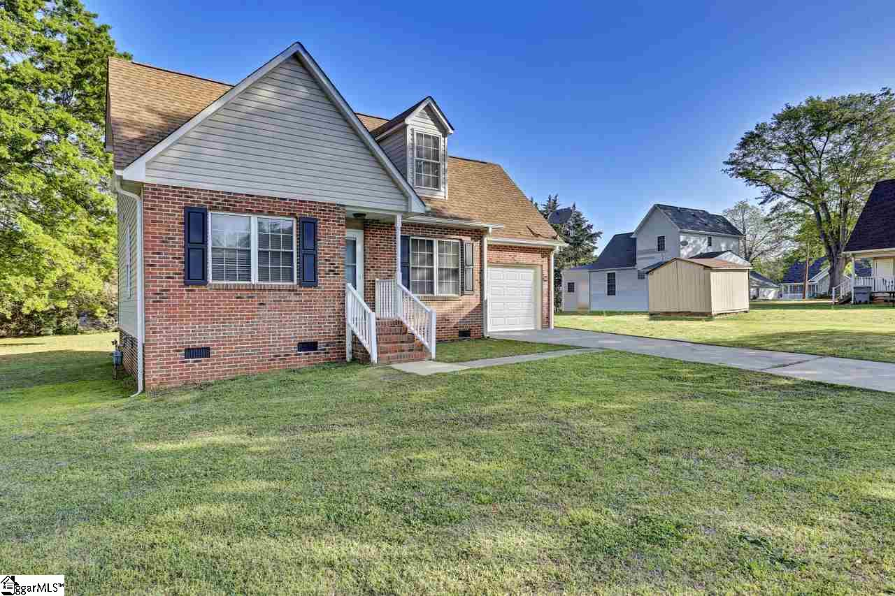 104 Carrie Ellis Court Spartanburg, SC 29301