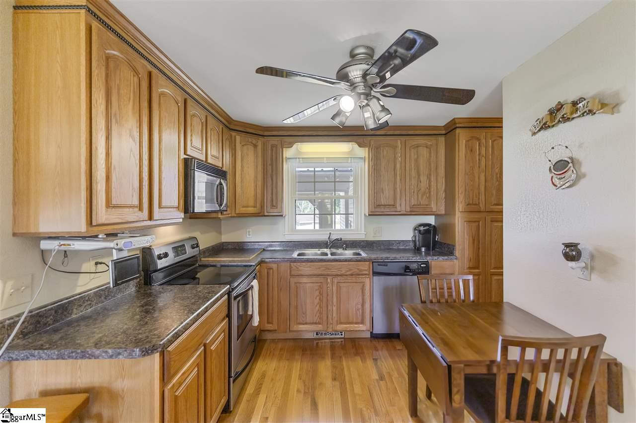 206 Knollwood Drive Anderson, SC 29625