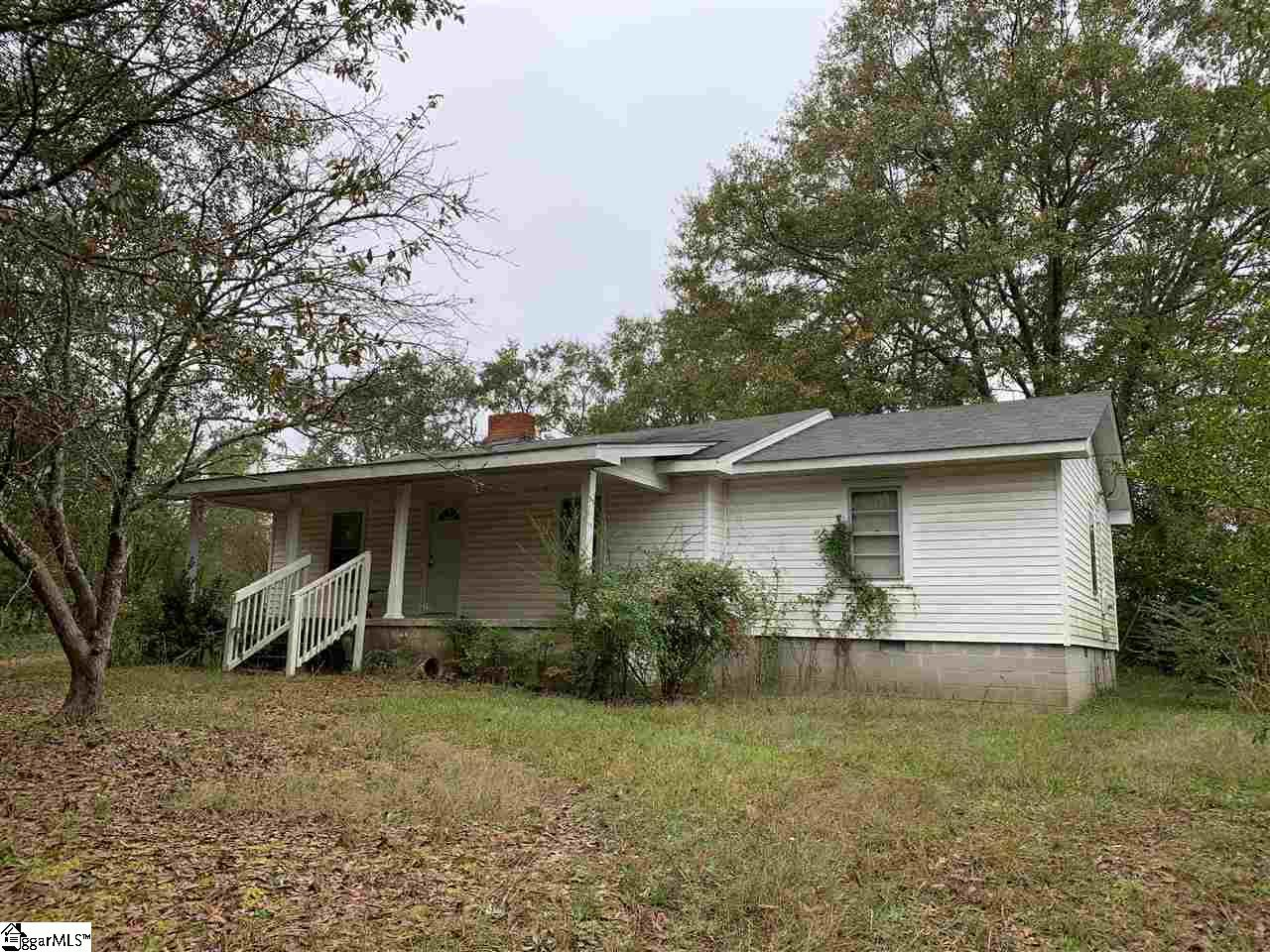 2551 Hellums Road Gray Court, SC 29645