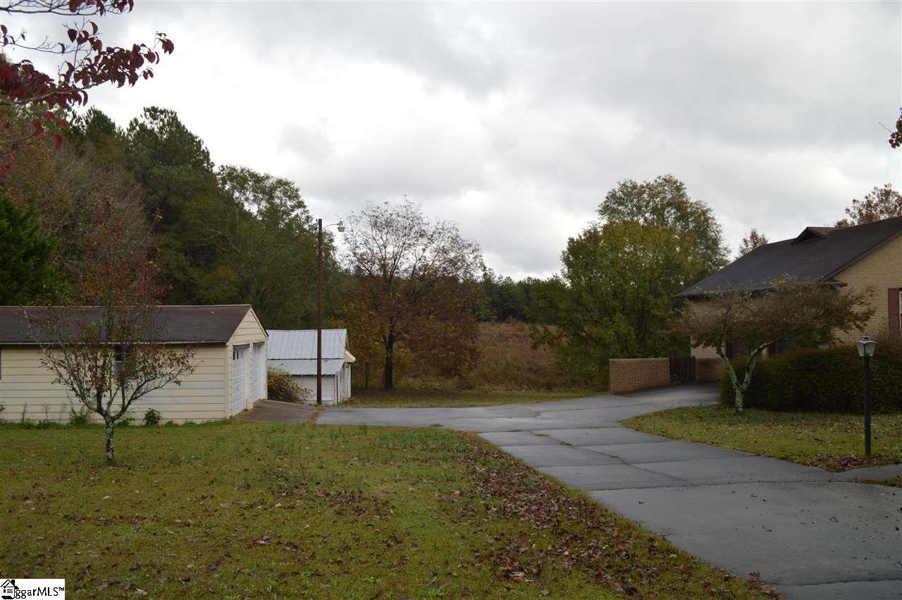415 Pine Ridge Road Duncan, SC 29334